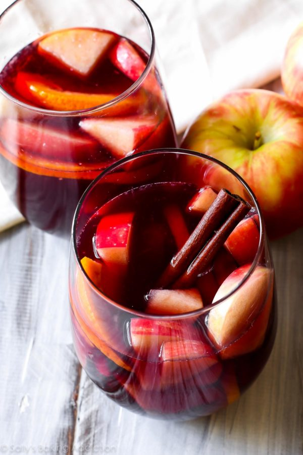honeycrisp-apple-sangria-recipe-6-600x900